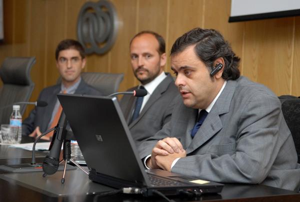 De izda a derecha: Fernando Díaz, José Manuel Ochoa y Jesús Hernández durante la jornada