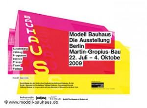 Cartel de la exposición Bauhaus en Berlín.
