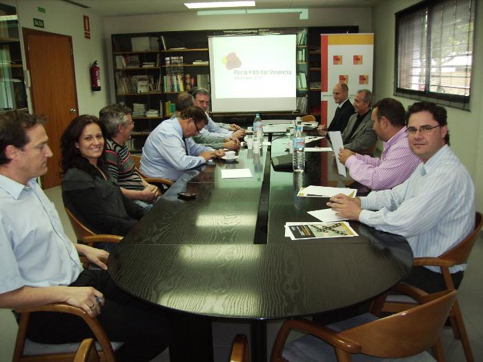 Empresarios del Baix Maestrat y La Senia respaldan el proyecto de Feria Hábitat Valencia 2011