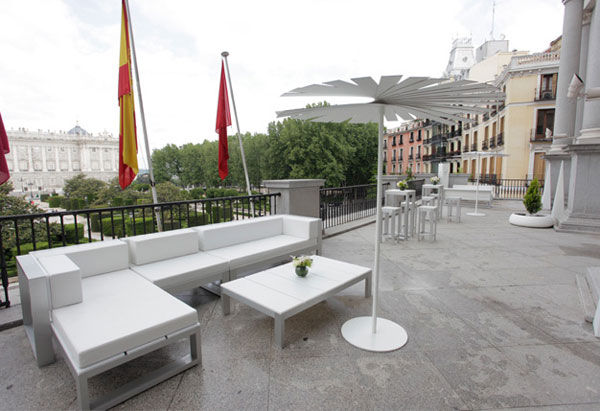 Gandia blasco en el teatro real de madrid noticias habitat for Habitat muebles madrid