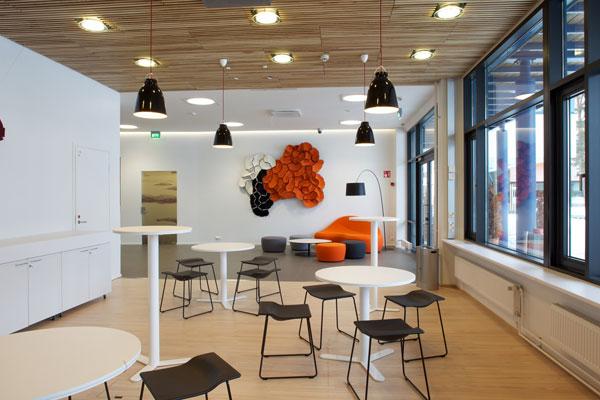 Sede de Microsoft en Finlandia - Mobiliario Last Minute de Viccarbe