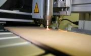 Tratamiento de plasma atmosférico para incrementar la adhesión de la madera.