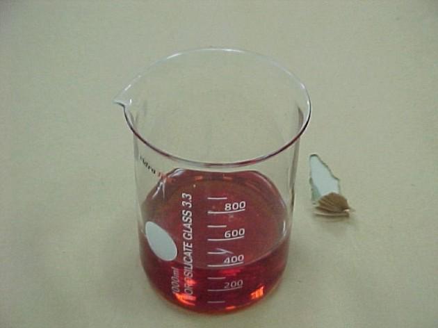 Resina de fenol-formaldehído empleada como aglutinante de los tableros derivados de la madera