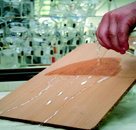 Ensayo de madera mediante nanotecnología