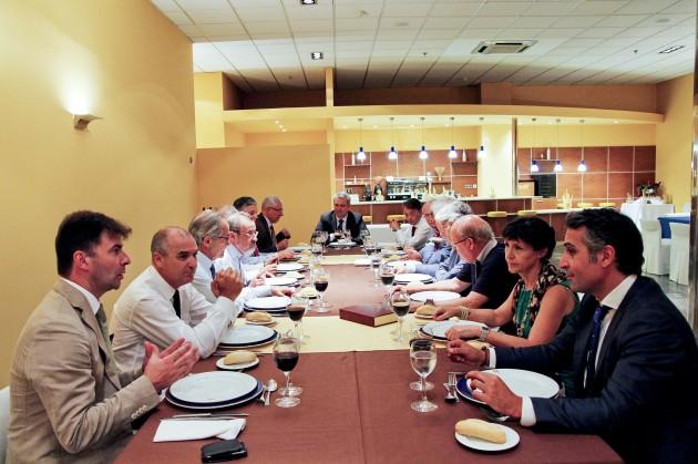 Almuerzo de trabajo entre la Feria de Valencia y el CECOMU