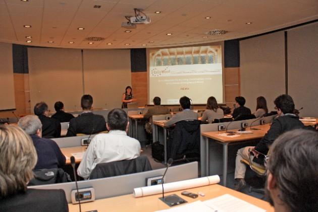 Seminario sobre CELLUWOOD impartido por AIDIMA en Feria Hábitat Valencia 2014.
