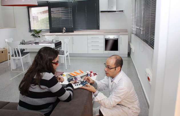 El sistema permitirá que los dispositivos interactúen y asistan a las personas en sus necesidades dentro de la vivienda.