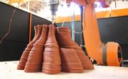 Inyección de material viscoso en capas