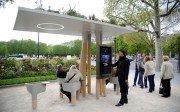 Ejemplo de mobiliario urbano inteligente