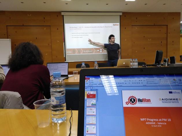 Momento de la presentación de uno de los paquetes de trabajo del proyecto.